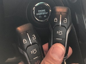 2016年式_フォード エクスプローラー